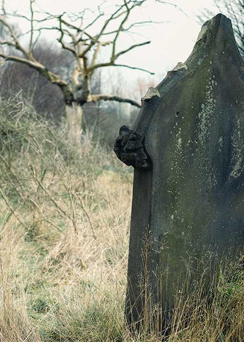 Abandoned gravestone